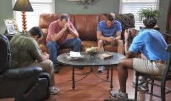 courageous-movie-men-praying-7